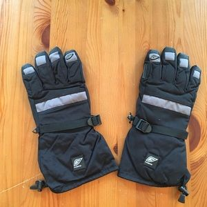 Other - Medium Demon Snowboarding gloves